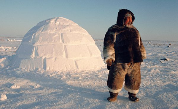 Selling ice to inuits